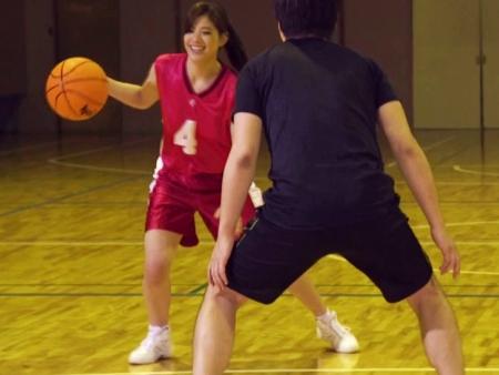 <原色美女>あの稲村亜美を超える恵体の女子大生アスリート♪バスケ歴12年が無残にもハメられたwww<罰ゲーム企画>