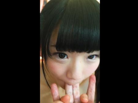 <美少女>めっちゃ童顔な黒髪のロリ娘が彼氏の友達とセクロスしているところをスマホ撮影された生々しい動画w<NTR企画>