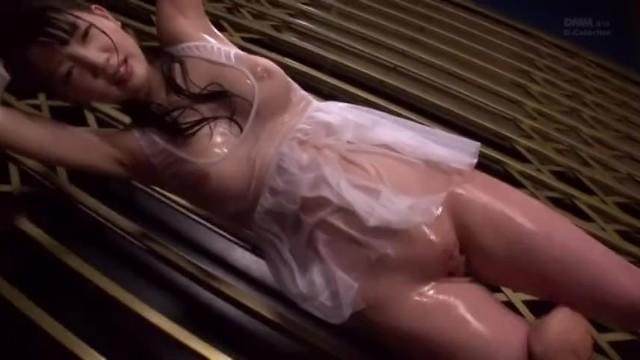 【おっぱい】スケベ美人な、鈴木心春のローションキス無料動画!【鈴木心春動画】