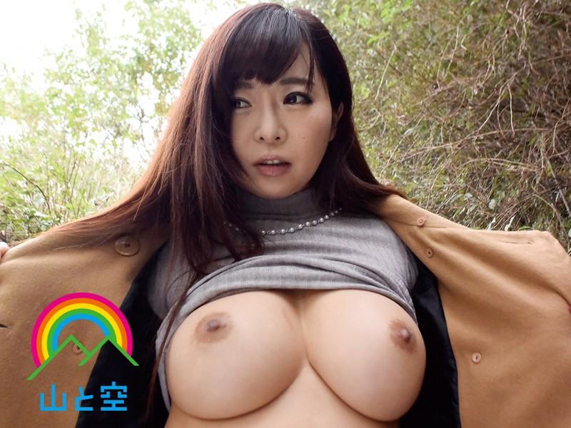 【変態】スケベでエロいGカップの痴女熟女、KAORIの露出フェラプレイが、野外にて…!!