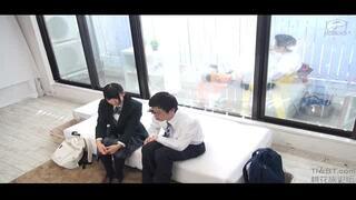 【童貞】MM号にて、激カワな制服姿のJK素人の、セックス中出しフェラ無料動画。【寝取られ動画】