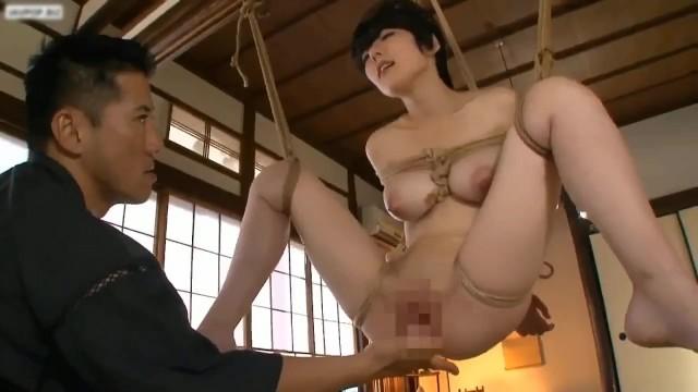 ドMショートカットな巨乳でパイパンの美女の、奴隷束縛調教無料エロ動画。【SM、ディープスロート動画】