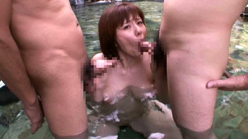 スケベスレンダーな巨乳のお姉さん、麻美ゆまの乱交フェラ顔射無料H動画!【麻美ゆま動画】