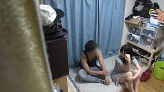 自宅にて、欲求不満な超乳のJD素人の、媚薬キメセク隠し撮り無料エロ動画。【痙攣動画】