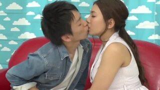 【童貞】巨乳の人妻OL、松本メイの素股セックス筆おろし無料動画。【松本メイ動画】