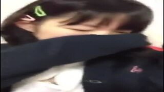 ロリの美少女JCの、手マン無料動画!【美少女、JC、素人動画】