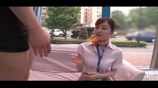 【篠田ゆう】制服姿の、篠田ゆうの乳首舐め騎乗位シックスナインプレイがエロい!【童貞】