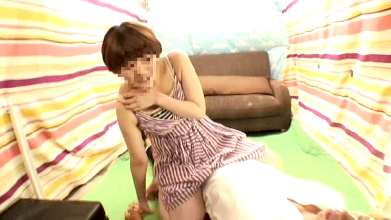 【お姉さん 集団】ショートカットスレンダーでエロいぽっちゃりのお姉さん素人の、集団プレイがエロい!