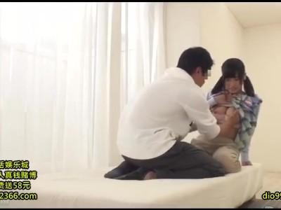 【お姉さん手コキ】黒髪ロングなHな巨乳のお姉さんの手コキマッサージプレイがエロい!!