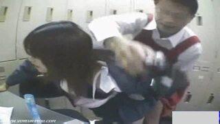 【変態】黒髪ロングでエロい制服姿のJK女子校生の、レイプ万引きプレイがエロい。