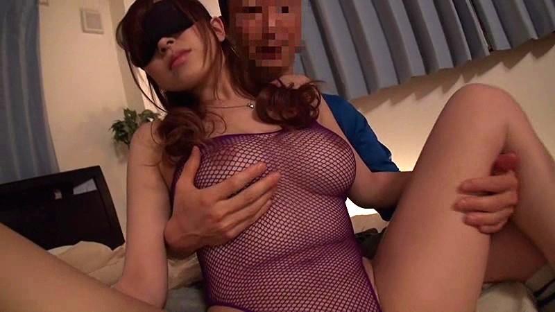 巨乳の奥様人妻、北川エリカの輪姦目隠し不倫無料動画。【寝取られ動画】