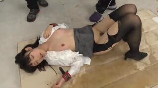 貧乳の女教師生意気、飯岡かなこのお漏らしアクメ電マ無料動画!【失禁、潮吹き動画】