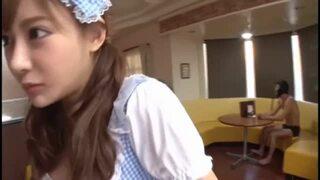 スレンダーな巨乳の美女ギャル、明日花キララのアクメバイブコスプレ無料H動画!【明日花キララ動画】