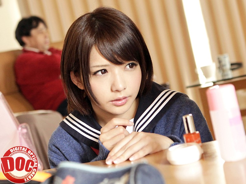 【麻里梨夏 フェラ】無防備でHなロリのJK女子校生、麻里梨夏のフェライタズラプレイがエロい!