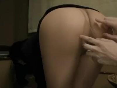 パンスト姿のOL素人の、膣内発射中出し痙攣無料エロ動画。【フェラ動画】