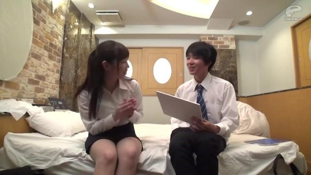 【お姉さん】ぽっちゃりで巨乳のお姉さんOLの、クンニsexフェラが、ホテルで!いいおっぱいですね!