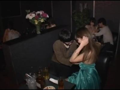 【風俗】おっパブにて、爆乳の、浜崎真緒の中出し無料エロ動画!【浜崎真緒動画】