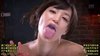 スケベ淫乱な巨乳のお姉さんグラドルの、キス唾液無料動画!【お姉さん、グラドル動画】