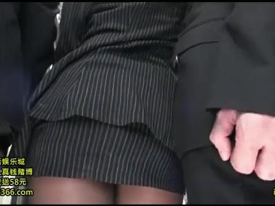 【変態】パンスト姿のOLの、痴漢無料エロ動画!【OL動画】