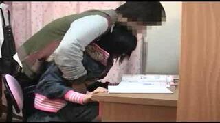 【おっぱい】ロリで微乳の女性の、パンチラ無理矢理レイプ無料エロ動画!【イタズラ、中出し動画】