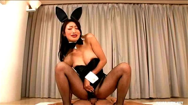 パンスト姿のバニーガールレースクィーン、小早川怜子の絶頂無料動画!【小早川怜子動画】