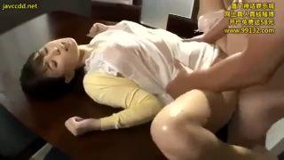 【葵つかさ】欲求不満でエロい巨乳の人妻、葵つかさのアクメ痙攣キメセクプレイエロ動画!!