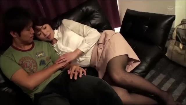 【素人 セックス】スレンダーな素人熟女のセックスフェラプレイエロ動画!