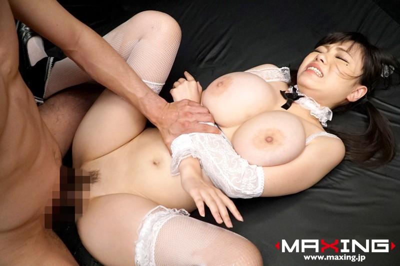 【きみの奈津】スレンダーでHなロリの美少女、きみの奈津のパイズリフェラ挟射プレイ動画。実にセクシーです!【おっぱい】