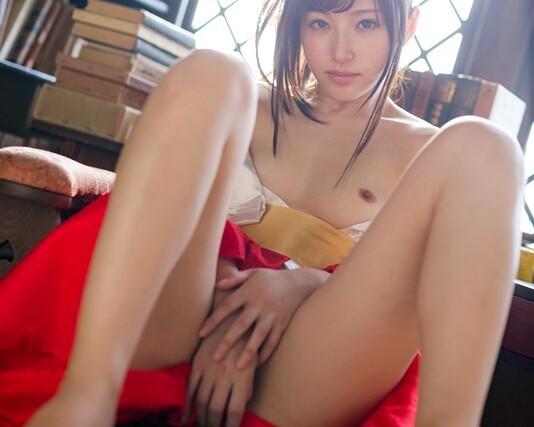 スレンダーな浴衣姿の美女アイドル、天使もえの着エロイメージコスプレ無料H動画!【天使もえ動画】