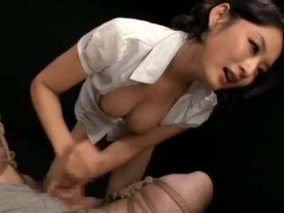 S級美人なお姉さん痴女の、調教M男緊縛無料エロ動画!【お姉さん、痴女動画】
