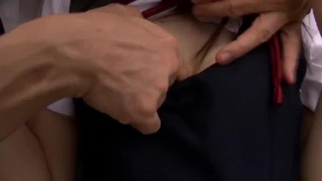 野外にて、ツインテールスレンダーな美乳の女子校生JKの、絶頂無料エロ動画。【女子校生、JK動画】