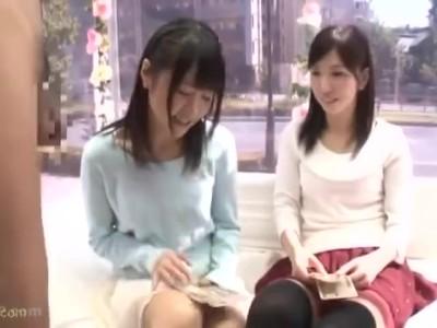 マジックミラー号にて、黒髪な素人美少女の、フェラ無料動画。【素人、美少女動画】