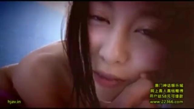 スレンダーなメガネで巨乳のメイドお姉さん、松岡ちなのコスプレセックス拘束無料エロ動画。【松岡ちな動画】