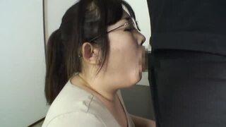 ぽっちゃりの奥様素人の、セックス不倫無料エロ動画。【奥様、素人動画】