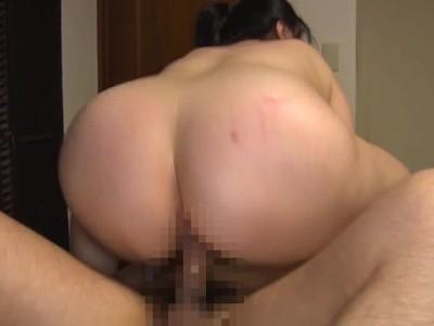 ドMな熟女の、昇天バック無料H動画。【熟女動画】