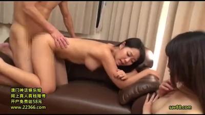 【ヤバイやつ】巨乳の人妻の、寝取られセンズリ鑑賞3P無料エロ動画!【バック、セックス、騎乗位動画】