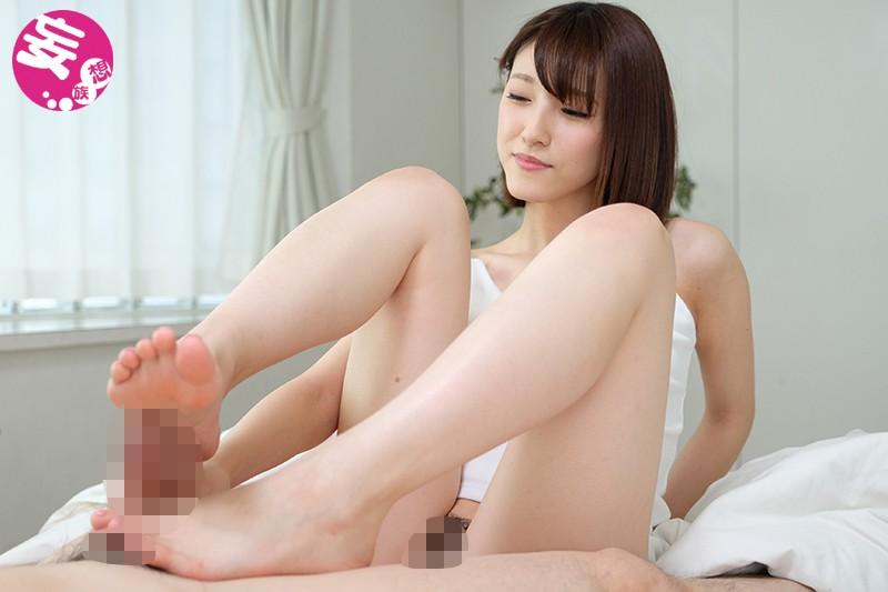 【痴女 主観】美脚の痴女お姉さんの主観足コキM男プレイ動画。