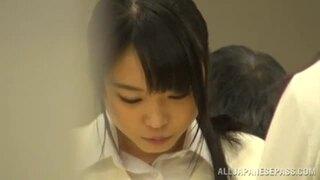 【おっぱい】美人なロリのJK女子校生の、レイプ痴漢無料動画!【JK、女子校生動画】