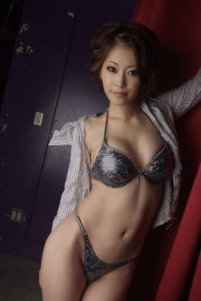 大塚咲 20-01-03 月刊 b 002