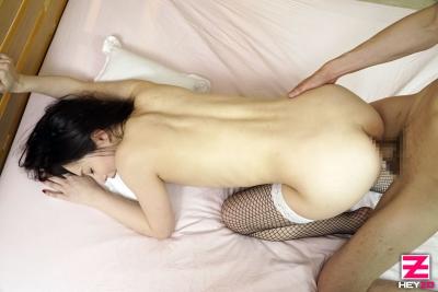吉岡蓮美 20-01-10 妖艶すぎる美白美女 019