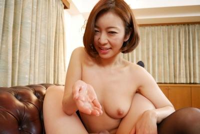 HITOMI 20-05-05 美痴女 008