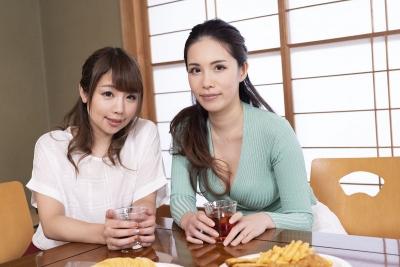 高山ちさと 上山奈々 20-05-08 飲みすぎ女ズッコンバッコン 001