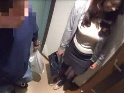 【連れ込み】イケメンにナンパお持ち帰りされた三十路美女人妻‼膣内射精する不倫SEXの様子を盗撮されたエロ浮気妻‼