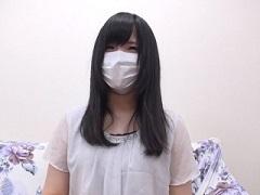 【無修正】経験人数一人の初心な美少女に中出しする個人撮影