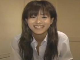 【無修正・個人撮影】アイドル顔の美少女が控えめに感じる姿が生々しいハメ撮り