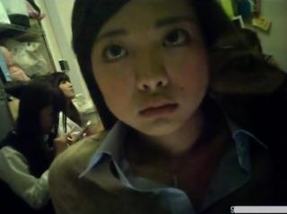 【盗撮動画】本物JKを在籍させて摘発された危険な覗き風俗店!淫らな姿をお客にご披露する美少女達!