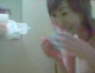 【お宝 芸能人】これは興味深い!! 元祖バラドル・森口博子のシャワーシーン(本物!?)・・・めっちゃ美巨乳でワロタ||