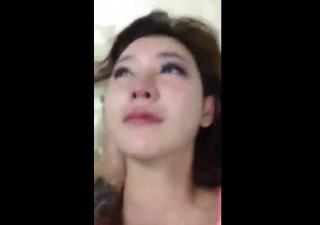 【◆無修正◆個人撮影】デカパイのべっぴんが涙浮かべてるやん・・・wチンピラに騙されハメ撮りさせられてほゞレ〇プ状態