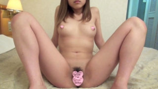 【無】ピチピチ18歳の日本x韓国ハーフ美少女JDをハメ撮り!