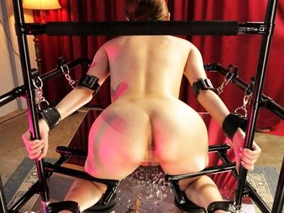 戦隊ヒロイン BDSM